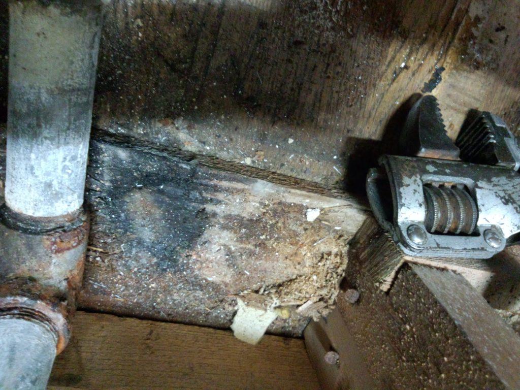 札幌市北区キッチン水漏れ、台所水道管水漏れ修理、札幌市北区水道水漏れ修理