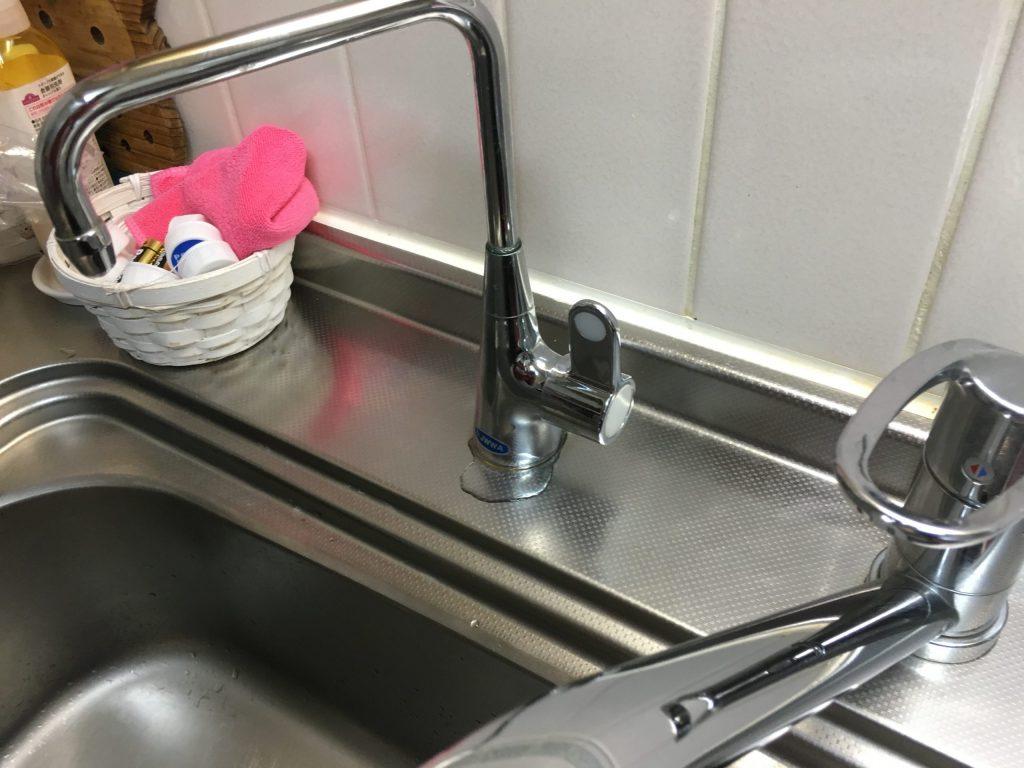 札幌市東区でビルトイン浄水器用水栓水漏れ キッチン水道水漏れ修理
