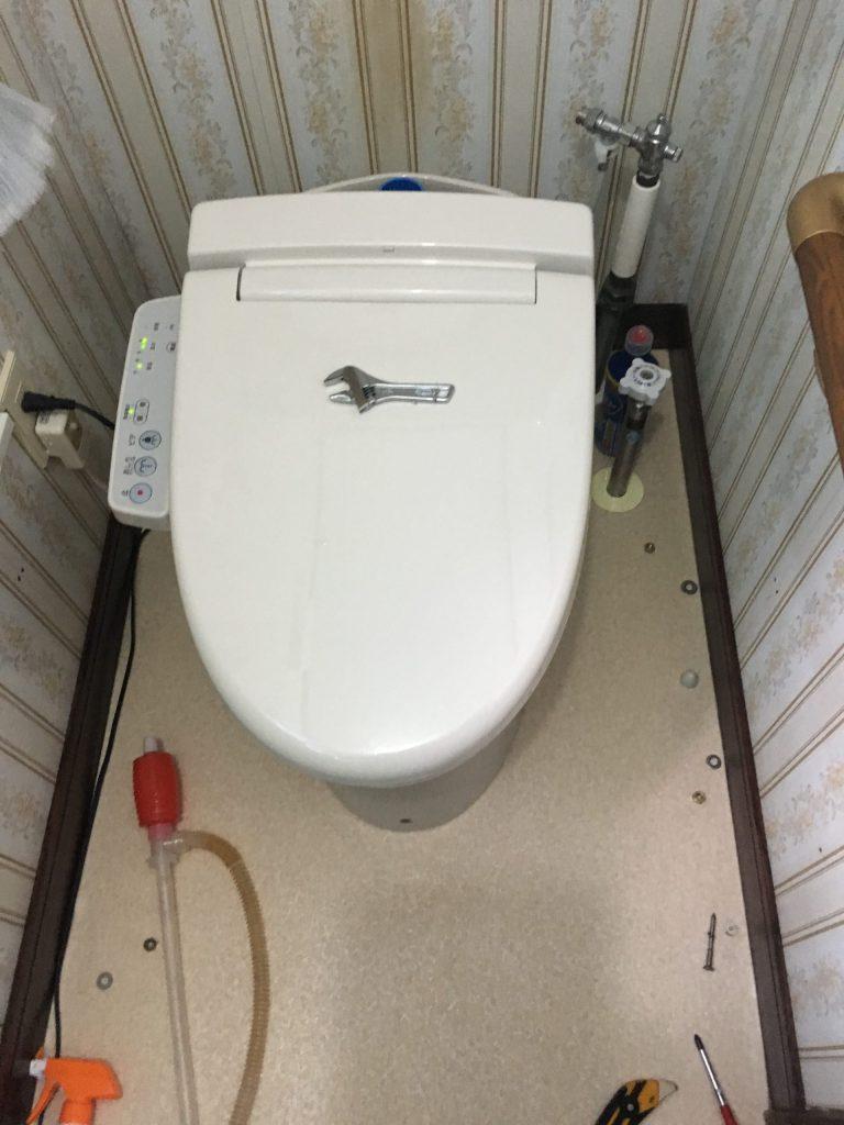 札幌市北区リクシルトイレつまり INAXのトイレの水が流れないです