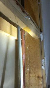ユニットバス壁内部の水道管水漏れ修理