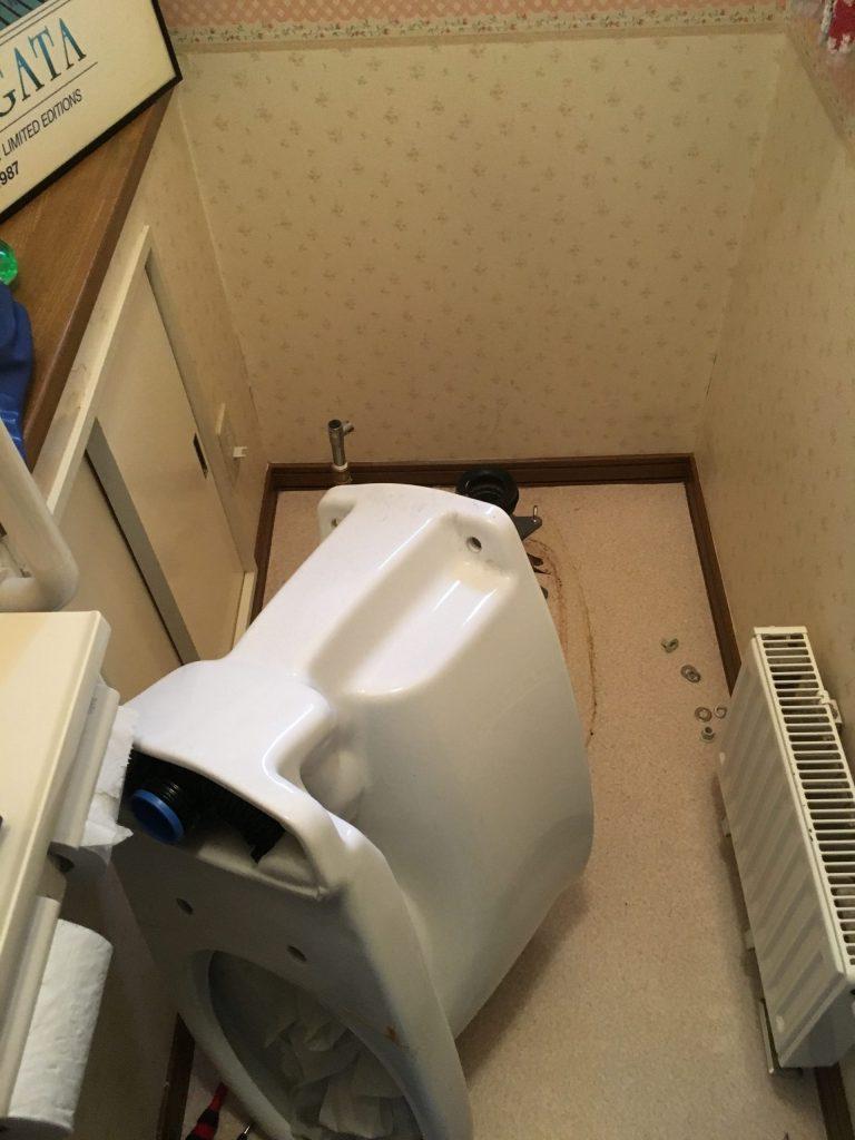 札幌市南区でのトイレつまり除去です。トイレ脱着詰まり除去